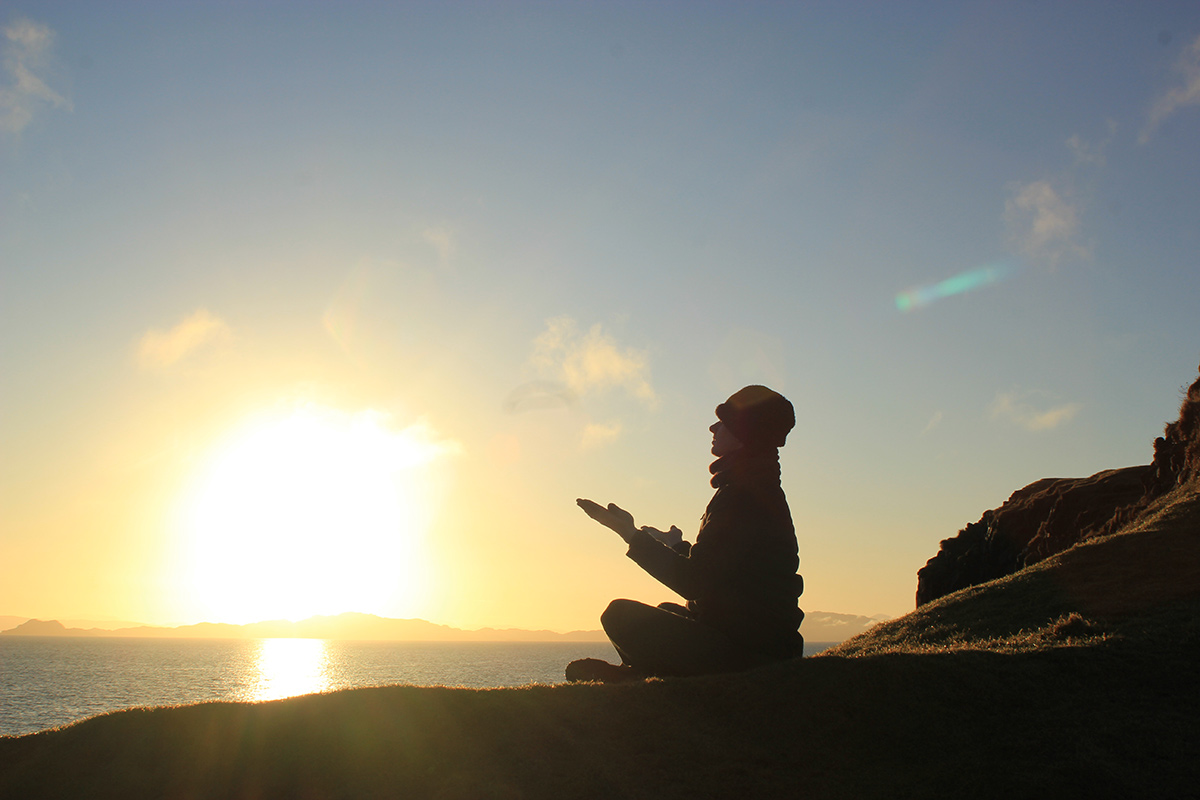 earth skye yoga simon meditation